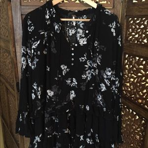 Like New FREE PEOPLE Floral Blouse Tunic L
